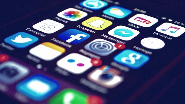 برای مدیریت صفحات شبکههای اجتماعی مان از چه سرویسی استفاده کنیم 14
